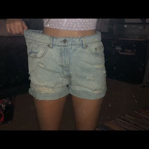 Forever 21 jean shorts w/ rips